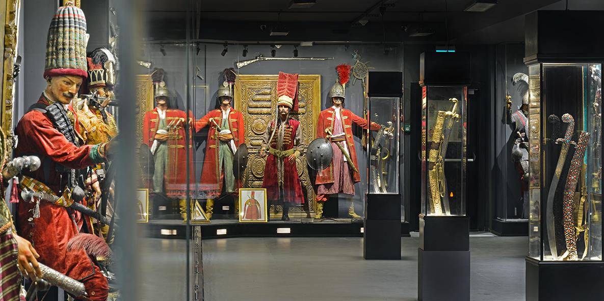"""zemin1 - متحف """"هيسارات"""" في تركيا لمحبي الأسلحة التاريخية"""